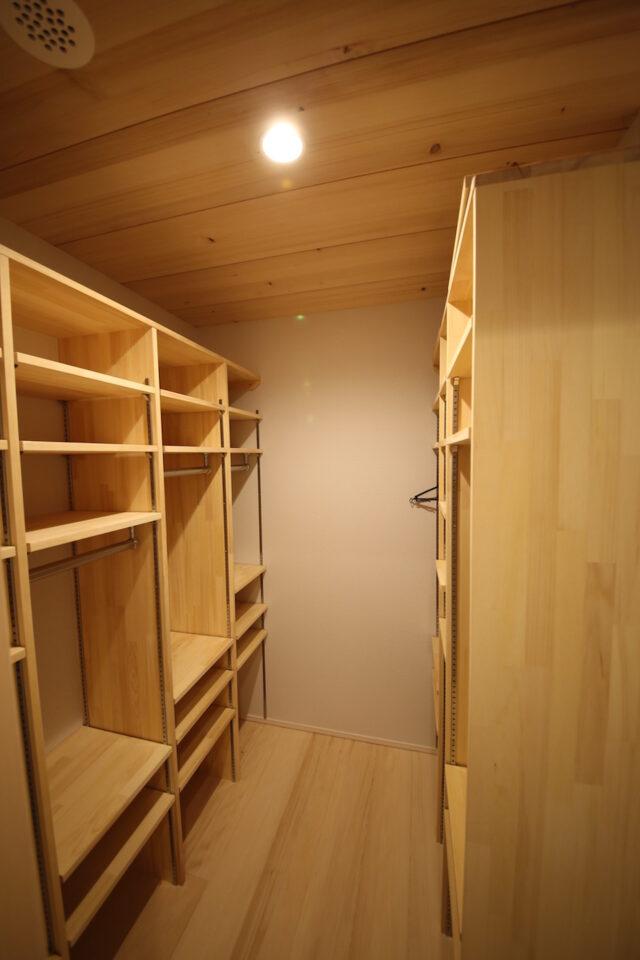 お着替えクローゼット - K.I様邸 新潟市南区 - もみの木の家の施工事例