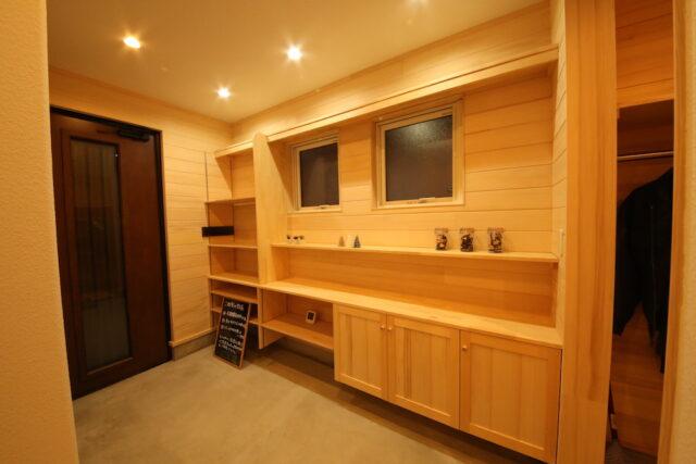 玄関土間 - KK様邸 - もみの木の家 施工事例